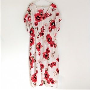 Cameo Appearance Floral Dress with Flutter Sleeves